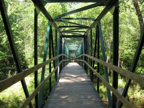 Peter_Barnes_Lake_Houston_Park_bridge_crossing